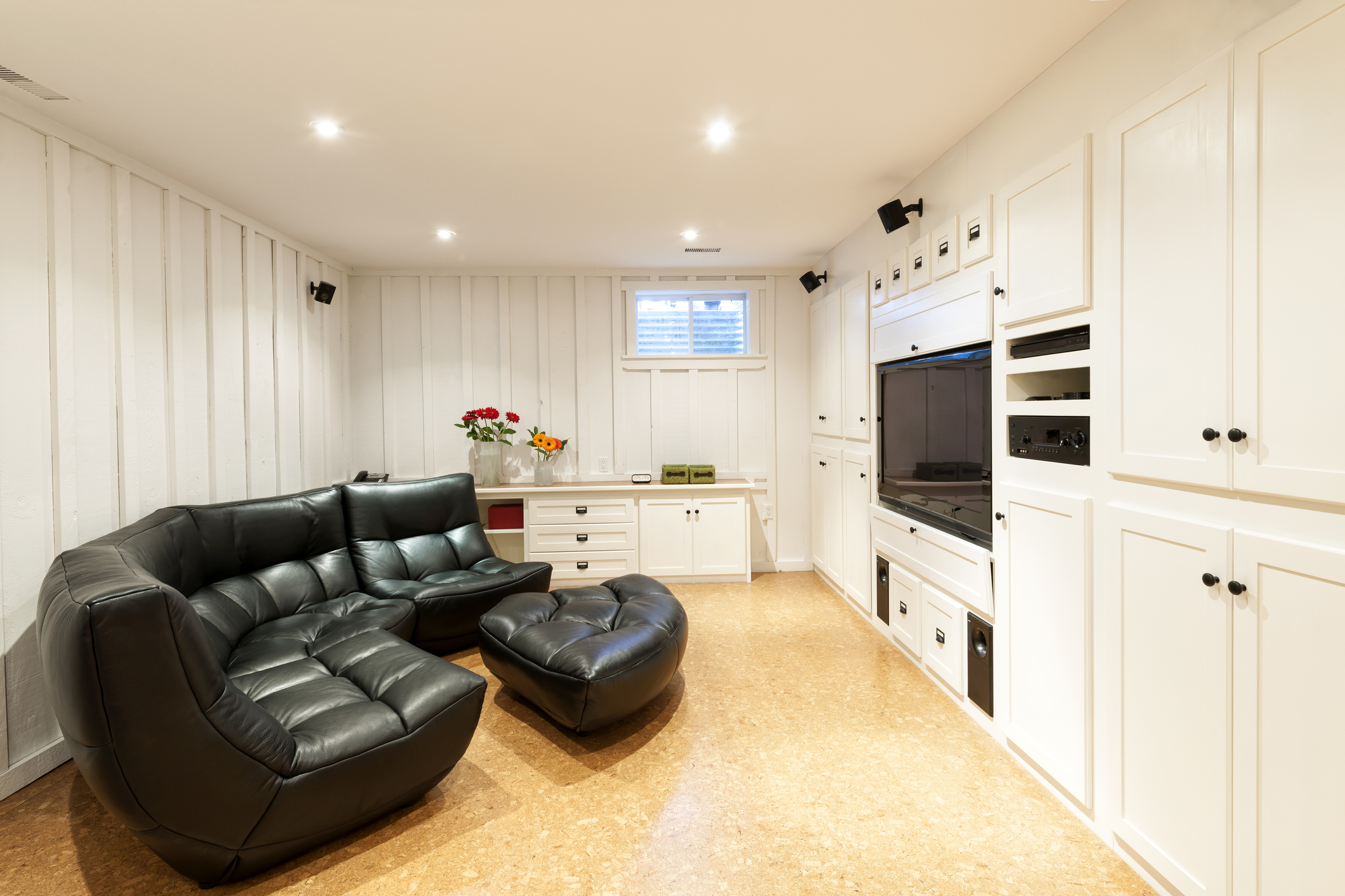 Finished basement in house