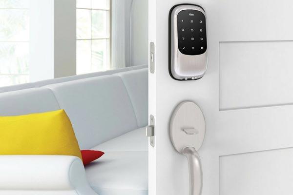 yale-smart-lock1compress-1